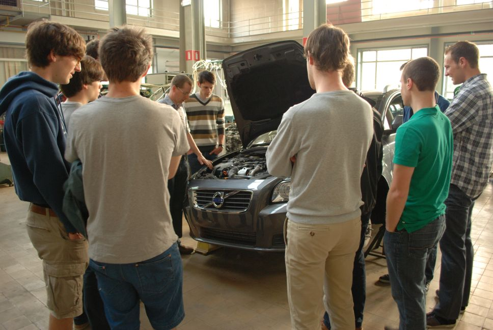 Graduate Specialization in Automotive Systems Engineering